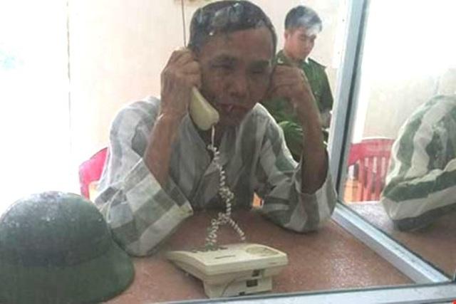 Mặc dù đã ngồi tù hơn 23 năm, nhưng ông Trần Văn Vót vẫn không ngừng viết đơn kêu oan cho chính mình (ảnh do gia đình cung cấp).