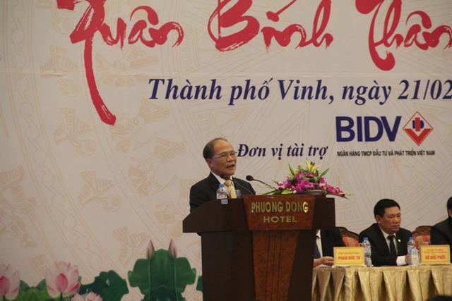 Chủ tịch Quốc hội Nguyễn Sinh Hùng phát biểu tại hội nghị