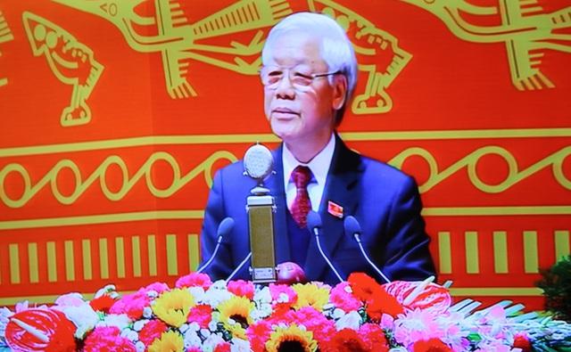 Đồng chí Nguyễn Phú Trọng (Tổng Bí thư Ban Chấp hành Trung ương khóa XI) được giới thiệu làm Tổng Bí thư khóa XII. Ảnh C.Tâm