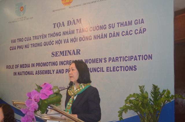 Bà Trương Thị Mai phát biểu tại tọa đàm. Ảnh: N.Thuyết