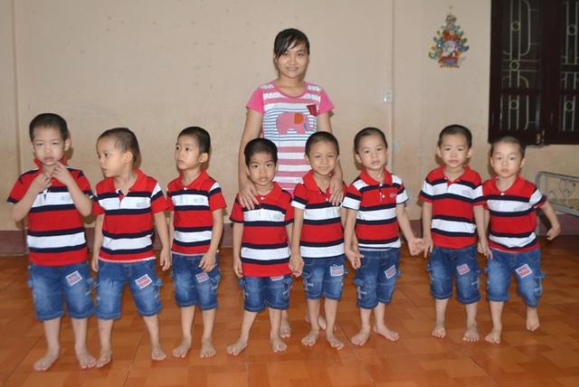 Nếu không có ai đến nhận, 8 cháu này sẽ được Trung tâm nuôi đến năm 22 tuổi