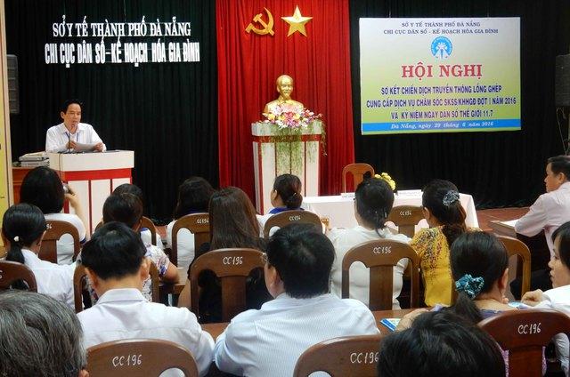 Đà Nẵng sơ kết chiến dịch truyền thông DS-KHHGĐ đợt I vào sáng 29/6. Ảnh: Đức Hoàng