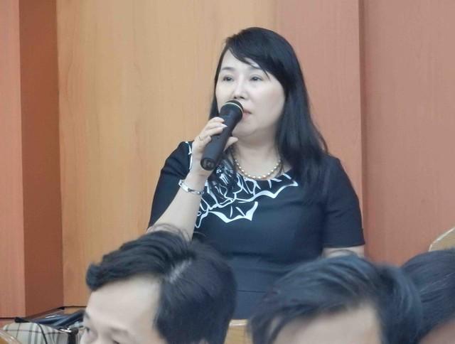 Bà Võ Thị Hạnh, Giám đốc Công ty Thép Việt Pháp cho rằng muốn di dời nhà máy lên vị trí mới ở thôn Hoa, thị trấn Thạnh Mỹ, Nam Giang là để…phát triển bền vững! Ảnh: Đức Hoàng