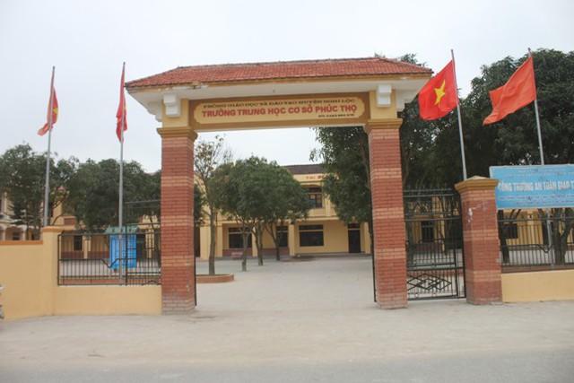 Trường THCS Phúc Thọ, nơi xảy ra vụ việc