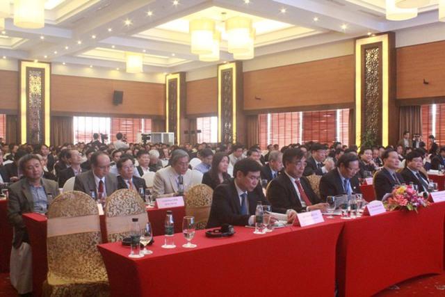 Hơn 400 đại biểu đến từ 14 tỉnh thành tham dự hội thảo