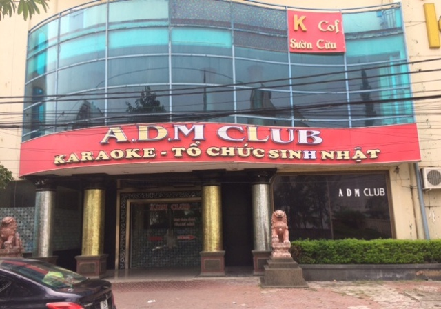 Các quán karaoke là địa điểm để cho dân bay lắc sử dụng chất ma tuý. Ảnh: Văn Thịnh