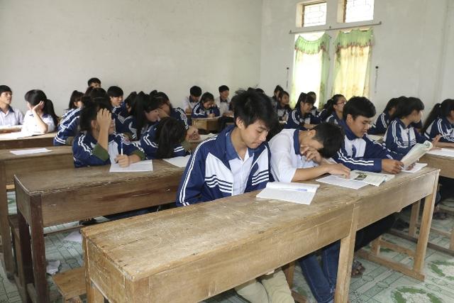 Một lớp học tại trường THPT Quỳnh Lưu 3, Nghệ An có học sinh bỏ học