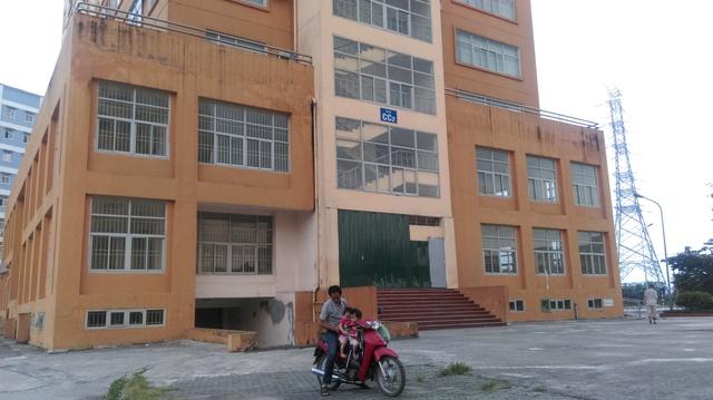 Tòa nhà tái định cư CC2 khu chung cư Đồng Tàu. Ảnh: Ngọc Thi