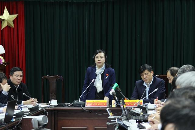 Bộ trưởng Bộ Y tế Nguyễn Thị Kim Tiến chủ trì cuộc họp trực tuyến. Ảnh: V.Thu