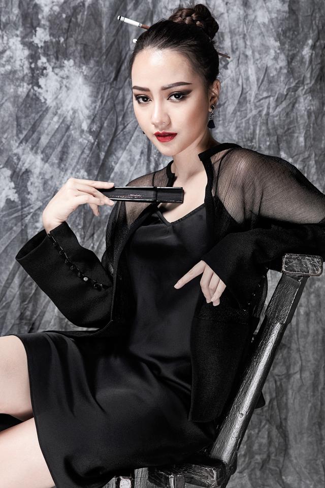 Trong đó, bộ phim Trả giá (đạo diễn Đinh Đức Liêm) do Băng Di thủ vai chính là một trong ba phim truyền hình Việt được công chiếu tại Myanmar.