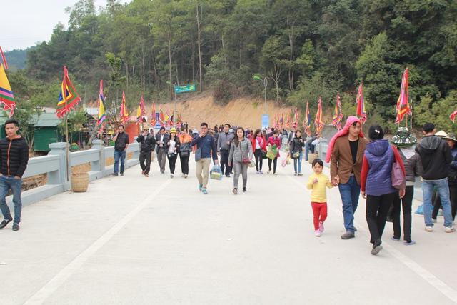 Hôm nay 17/2 (tức ngày mùng 10 tháng Giêng), hội xuân Yên Tử chính thức được khai mạc.
