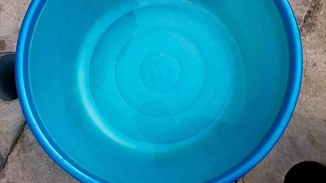 Thực trạng nước ở đồng hồ tổng D100 trước khi vào chung cư.