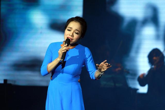 Nữ ca sĩ Lan Anh.