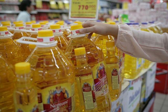 NTD nên chú ý chọn dầu ăn được sản xuất bởi nhãn hàng có uy tín, được chứng nhận, kiểm tra bởi các cơ quan chức năng.