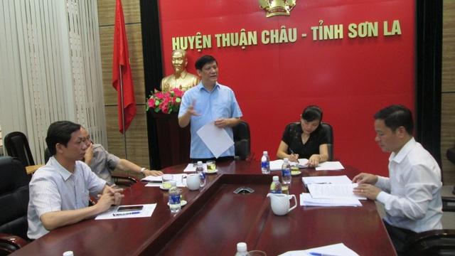 PGS.TS. Nguyễn Thanh Long phát biểu chỉ đạo tại huyện Thuận Châu
