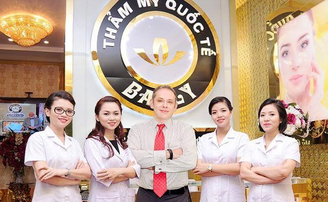 Dr. Boris Kunsevitsky cùng đội ngũ bác sỹ tại TMQT Bally