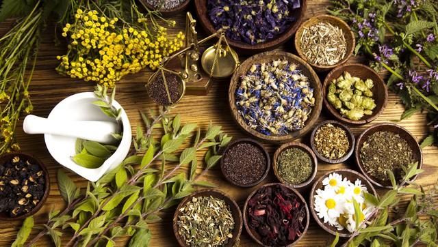 Sản phẩm từ thảo dược – Giải pháp giúp đẩy lùi cường giáp hiệu quả