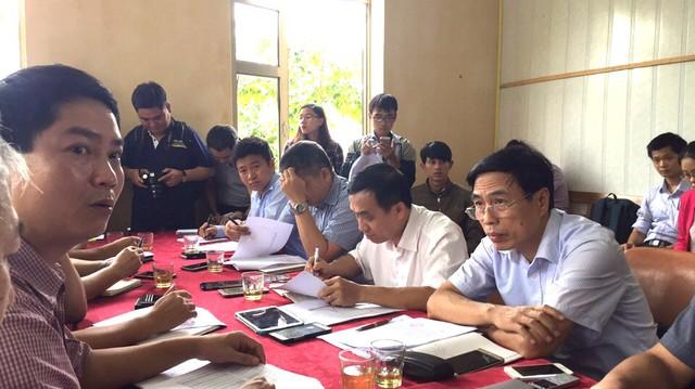 Đoàn làm việc của Bộ Công thương tại Hà Tĩnh ngày hôm nay. Ảnh T.T