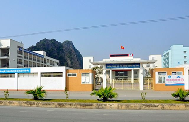 Trường THPT chuyên Hạ Long, nơi tài xế đã bỏ chạy vào trường. Ảnh: CTV