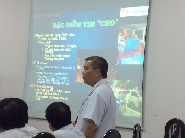 PGS.TS Nguyễn Hữu Ước chia sẻ về ca ghép tim. Ảnh: V.Thu