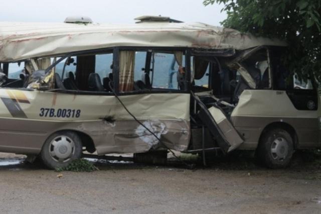 Xe khách bị nạn