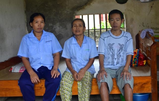 Bà Thu cùng với 2 người con bị mắc bệnh