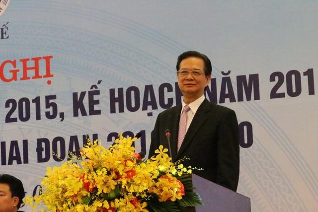 Thủ tướng Nguyễn Tấn Dũng phát biểu chỉ đạo Hội nghị tổng kết công tác y tế năm 2015 (Ảnh: V.T)