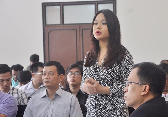 Bà Trần Ngọc Bích - con gái Dr Thanh khẳng định không biết việc hơn 5.000 tỉ đồng trong tài khoản tại Ngân hàng Xây dựng bị chuyển đi. Việc chuyển tiền này không có sự đồng thuận của bà. Ảnh: TL