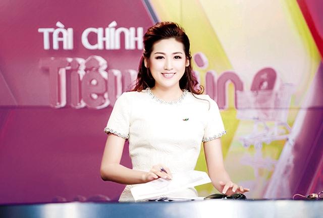 Á hậu Tú Anh dẫn chương trình trên sóng VTV (ảnh do nhân vật cung cấp).