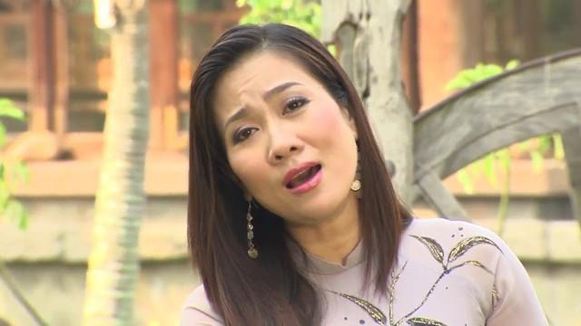 Ca sĩ Vân Khánh