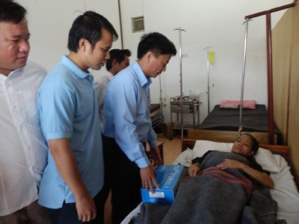 TH true MILK tặng 300.000 ly sữa tươi sạch cho trẻ em nước bạn Lào 4