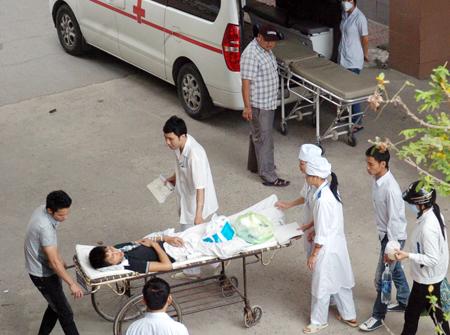 Người Việt chi 2 tỷ đô chữa bệnh ở nước ngoài 1