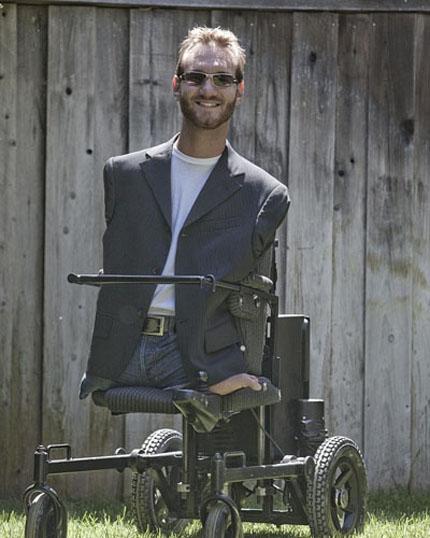 Chàng trai không tay chân sẽ đến Việt Nam 3