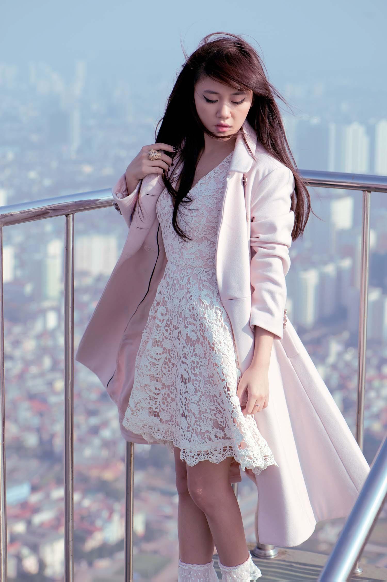Văn Mai Hương buồn vì mang tiếng bỏ show 15