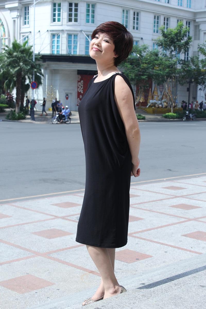 """Táo Giao thông Chí Trung """"cưỡng"""" hôn vợ tại Nhà hát Lớn TP HCM 11"""