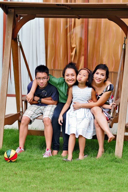 """Dân mạng xúc động trước nhật ký: """"Không muốn con mình lớn nhanh"""" của diva Mỹ Linh 2"""
