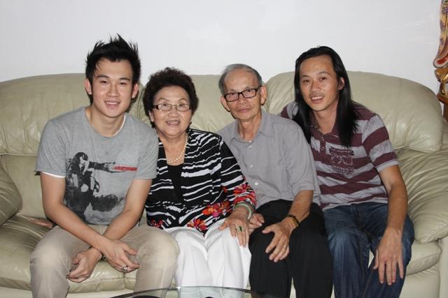 Tấm ảnh cưới chưa bao giờ công bố của Hoài Linh với người vợ đầu 3