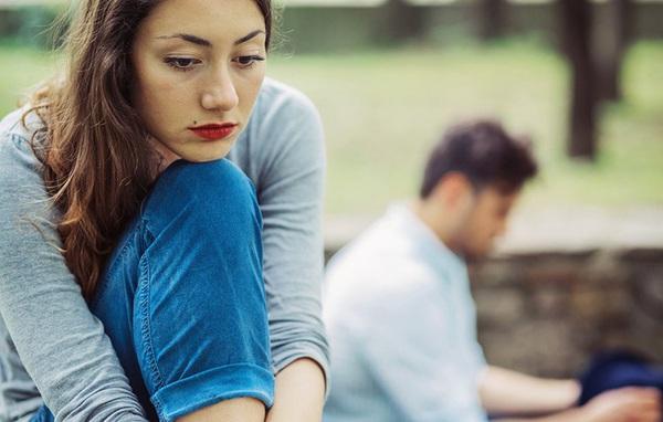 """Nếu chồng bỗng dưng không còn hào hứng """"chuyện ấy"""" thì tình huống nào xảy ra?"""