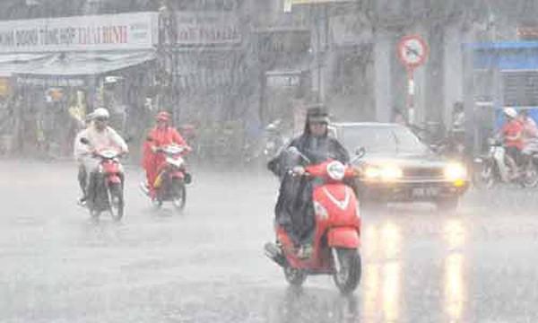 Hôm nay Hà Nội trời mát kèm mưa lớn