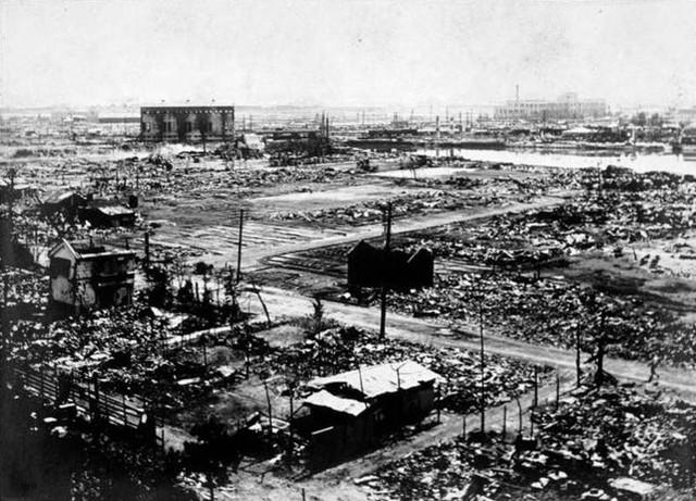 Thành phố Yokohama bị hỏa hoạn thiêu hủy san bằng. Ảnh: Wikipedia.