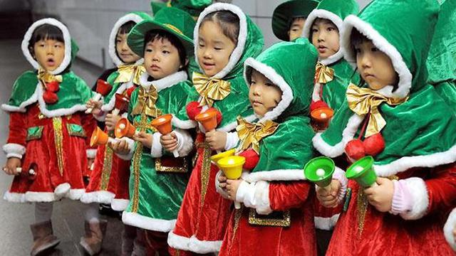 South Korea Christmas children