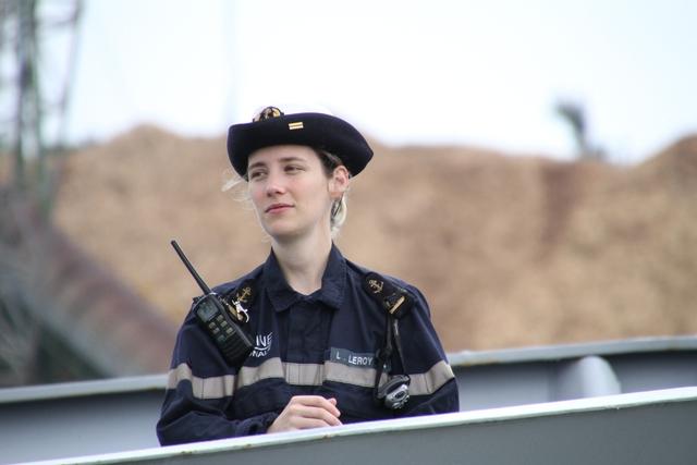 Nét duyên dáng nữ thủy thủ Hải quân Pháp...