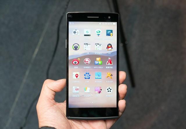 7 smartphone màn hình lớn ấn tượng nhất Việt Nam 2014
