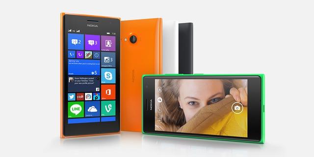 """Nokia Lumia 730 hướng tới những khách hàng, đặc biệt là nữ giới thích """"tự sướng"""" với cả camera chính và phụ"""