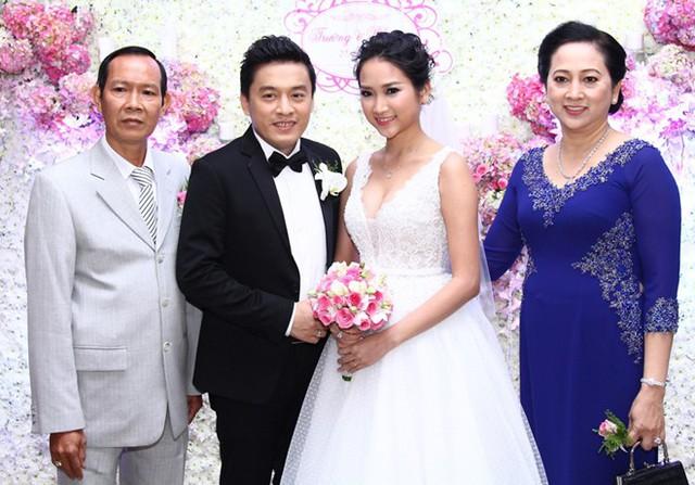 Tiệc cưới ấm cúng, sang trọng của Lam Trường và Yến Phương