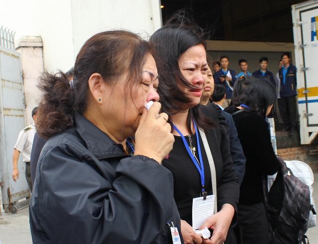 Nỗi đau của bà Quản Thị Phong, mẹ của chị Nguyễn Ngọc Minh.
