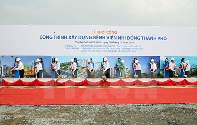 Thủ tướng và nhiều lãnh đạo các bộ ngành, TP động thổ công trình xây dựng bệnh viện
