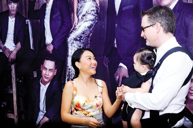Ca sĩ Đoan Trang với chồng và con gái (ảnh nhân vật cung cấp).