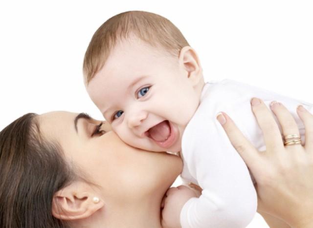 Do di truyền, lắm lúc không phải con cái luôn giống bố mẹ của mình.