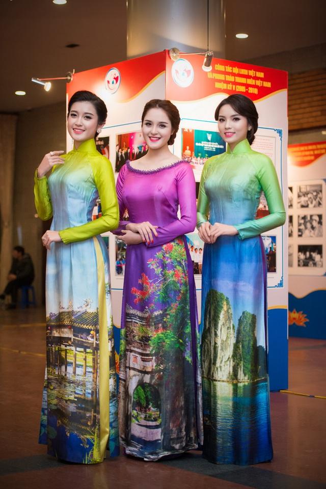 Hoa hậu Kỳ Duyên và hai Á hậu Huyền My, Hoàng Anh